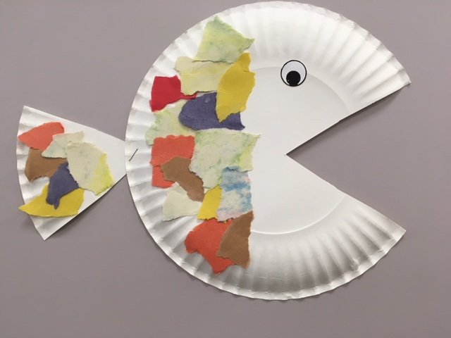 paper plate fish with paper collage fin